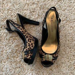Anne Klein leopard peep toes